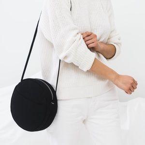 BAGGU medium canvas circle crossbody bag